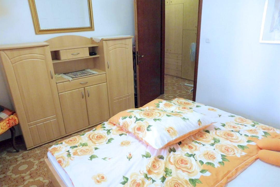 Grado,34073,3 Bedrooms Bedrooms,1 BathroomBathrooms,Byt,1151