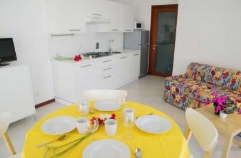 Grado,34073,2 Bedrooms Bedrooms,1 BathroomBathrooms,Byt,1169