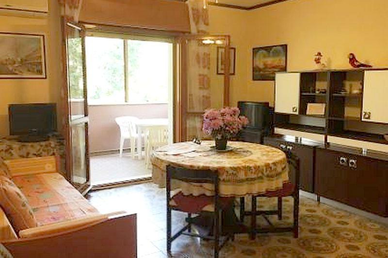 Grado,34073,2 Bedrooms Bedrooms,1 BathroomBathrooms,Byt,1179
