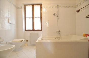 Grado,34073,5 Bedrooms Bedrooms,2 BathroomsBathrooms,Vila,1231